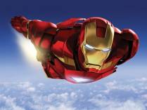 Iron Man volando